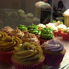 Photo taken at Tea Party Cupcakes by Evi D. on 7/9/2013