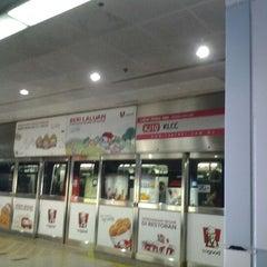 Photo taken at RapidKL KLCC (KJ10) LRT Station by Ida I. on 12/13/2012