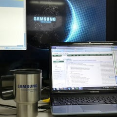 Photo taken at Samsung Electronics Perú by Franz P. on 1/23/2014