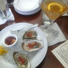 Photo taken at McCormick & Schmick's Seafood by Nef P. on 4/16/2013
