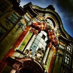 Das Foto wurde bei Asamkirche (St. Johann Nepomuk) von Florian z. am 5/20/2013 aufgenommen