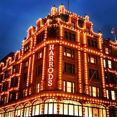 Photo taken at Harrods by Ian on 10/21/2013