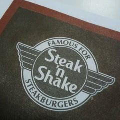 Photo taken at Steak 'n Shake by Michael Aaron P. on 2/25/2013