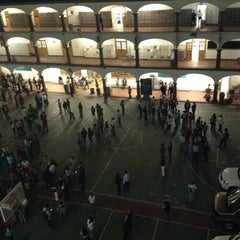 Photo taken at Universidad del Valle de México by Denisse on 4/5/2013