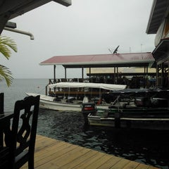 Photo taken at Hotel Limbo On The Sea by yosip p. on 3/4/2014