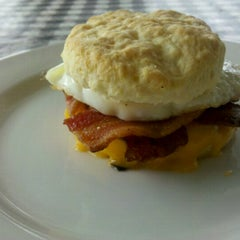 Photo taken at Napa Valley Biscuits by Annie D. on 9/26/2012