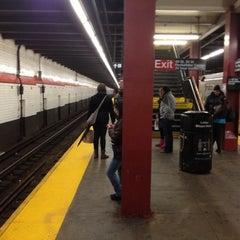 Photo taken at MTA Subway - 47th-50th St/Rockefeller Center (B/D/F/M) by DeAndre W. on 11/28/2012
