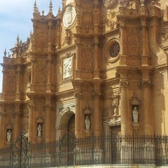 Photo taken at Catedral de Guadix by Dulce L. on 10/12/2012