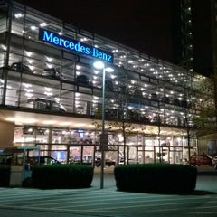 Photo taken at Mercedes-Benz Niederlassung München by Sameer G. on 11/21/2013