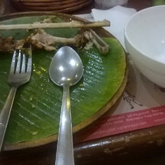 Photo taken at Bacolod Chicken Inasal by Xavier M. on 6/20/2014