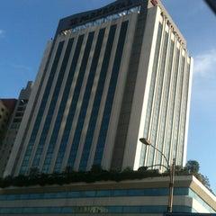 Photo taken at PARKROYAL Kuala Lumpur by Hazrafi on 1/4/2013