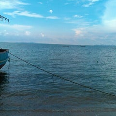 Photo taken at Palm Grove Resort Pattaya by Alla Z. on 11/24/2012