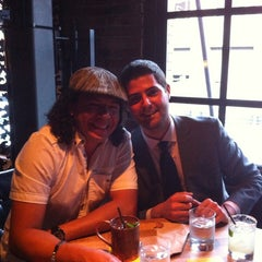 Photo taken at V at Earls Yaletown by Paul Ambrose L. on 7/14/2013