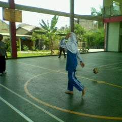 Photo taken at SMPIT Darul Abidin by Qibty A. on 11/11/2012