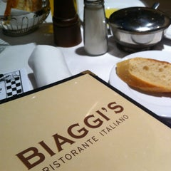 Photo taken at Biaggi's Ristorante Italiano by Amy G. on 5/11/2013