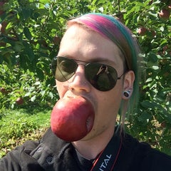 Photo taken at Rocky Ridge Orchard by Mike P. on 9/15/2014