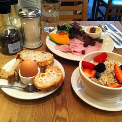 Photo taken at Le Pain Quotidien by Pavel V. on 4/19/2013