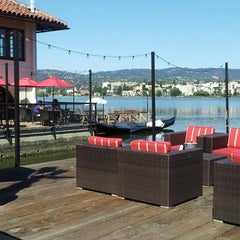 Photo taken at The Lake Chalet Seafood Bar & Grill by Truth K. on 5/31/2013