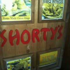 Photo taken at Shorty's BBQ by Stephanie on 5/25/2013