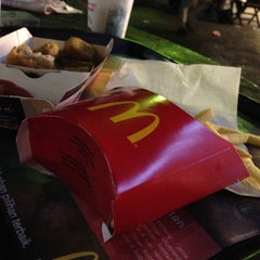 Photo taken at McDonald's by DETTY on 7/20/2013