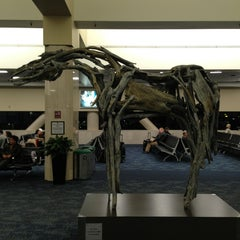 Photo taken at Delta Air Lines Ticket Counter by Vasek 🍉 on 12/18/2012