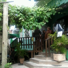 Photo taken at Cantina do Délio by Vinicius P. on 10/12/2012