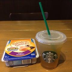 Photo taken at Starbucks by Carmen on 8/12/2014