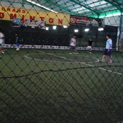 Photo taken at Grand Futsal Kuningan by Del V. on 9/14/2012