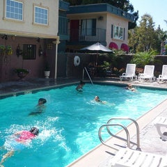 Photo taken at Anaheim Quality Inn & Suites by Quality Inn on 2/6/2014