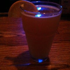 Photo taken at Bottoms Up Bar & Grill by Jasmine C. on 11/11/2014
