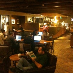 Photo taken at Starbucks by Alin G. on 10/4/2012