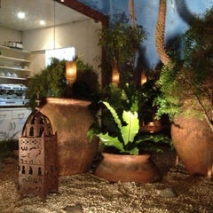 Photo taken at Restaurante Arabia by Hubert A. on 10/5/2012