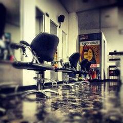 Photo taken at Mariano Parisi - Hair & Makeup by Mariano Parisi - Hair & Makeup on 8/25/2013