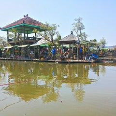 Photo taken at Delta Fishing by Indra W. on 7/31/2014