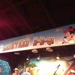 Photo taken at Mickey's Backyard BBQ by jediyusuke on 9/4/2013