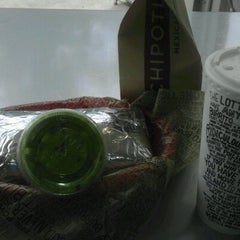 Photo taken at Chipotle Mexican Grill by Samira H. on 8/6/2012