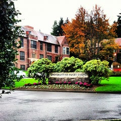 Photo taken at University Of Puget Sound-Community Music by Lauren on 10/31/2012
