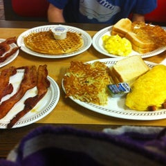 Photo taken at Waffle House by Allegra on 10/28/2012