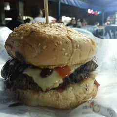 Photo taken at Backyard Grill Burger by Abdul Razak S. on 1/8/2013