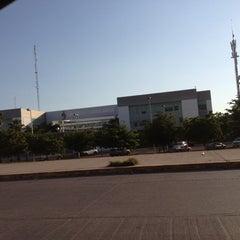 Photo taken at Unidad de Servicios Estatales (USE) Culiacán by Juan Carlos on 10/31/2012