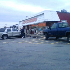Photo taken at 7-Eleven by Adam Robert B. on 10/19/2011