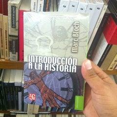 Photo taken at Librería Del Fondo De Cultura Economica by Osiris on 1/26/2013