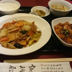 Photo taken at 謝朋殿 大崎店 by Tohru O. on 2/8/2015