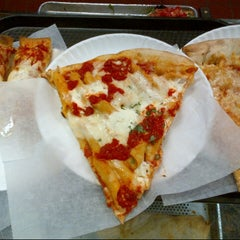 Photo taken at Marinara Pizzeria & Restaurant by Joshua L. on 6/28/2013