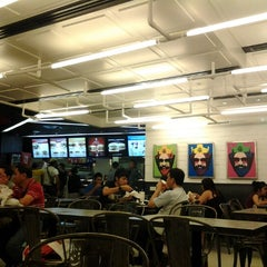 Photo taken at BURGER KING by Luke W. on 12/28/2012