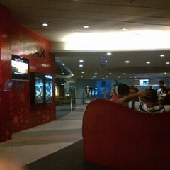 Photo taken at IMAX Theatre by Vinzky E. on 4/29/2013