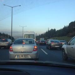 Photo taken at Hasdal - Okmeydanı Bağlantı Yolu by burak ö. on 12/28/2012