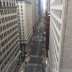 Photo taken at Chicago Board of Trade by Darrin T. on 11/16/2014