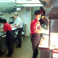 Photo taken at Wendy's by stepan s. on 6/5/2013