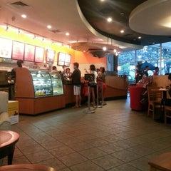 Photo taken at Starbucks by Satya S. on 12/8/2012
